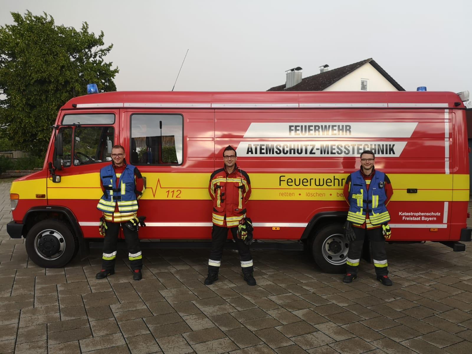 Zwei neue Gruppenführer für die Feuerwehr Ahrain